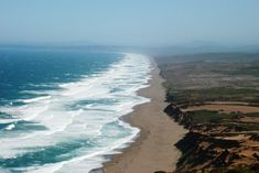 Point Reyes National Seashore & Lighthouse - 30 Things to Do in Northern California California Travel, Northern California, Crashing Waves, Local Parks, New York, Day Trips, Travel Usa, Places To See, Things To Do