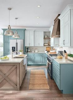 There is no question that designing a new kitchen layout for a large kitchen is much easier than for a small kitchen. A large kitchen provides a designer with adequate space to incorporate many convenient kitchen accessories such as wall ovens, raised. Kitchen Design Small, Kitchen Cabinet Design, Modern Kitchen, Kitchen Remodel Small, Farmhouse Kitchen Design, Kitchen Layout, Kitchen Style, Kitchen Renovation, Kitchen Design