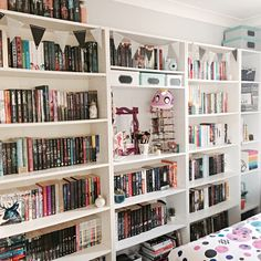 "thatldiotfranklin: "" Books and Cupcakes July Photo Challenge • Day Thirteen - #Shelfie """