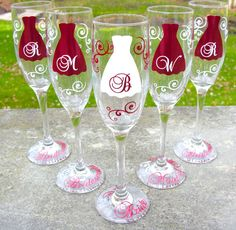 7 Bridesmaids, Maid of honor gift, champagne glasses, Personalized Burgundy and white wedding flutes, dark red Wedding Flutes, Wedding Glasses, Champagne Glasses, Bridal Glasses, Shot Glasses, Wedding Gifts For Bridesmaids, Gifts For Wedding Party, Wedding Ideas, Wedding Stuff