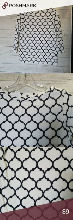 🎈5 for $15🎈TALBOTS DRESSY TEE Size is petite. Fits like a small/med  🎈5 for $15🎈- Bundle any 5 items marked 5 for $10 and offer $15!  Also CHECK OUT my  🦄5 for $15🦄, 💋3 for $24💋 🦄3 for $50🦄 &♥️10 for $10♥️ SALE!  Why SHOP MY Closet? 💋Smoke/ Pet Free 💋OVER 1000 🌟🌟🌟🌟🌟RATINGS 💋POSH AMBASSADOR &TOP 10% Seller  💋TOP RATED 💋 FAST SHIPPER  💋BUNDLES DISCOUNT 💋EARN VIP DOLLARS W/ EVERY PURCHASE ❤HAPPY POSHING!!! 💕 Talbots Tops Tees - Long Sleeve