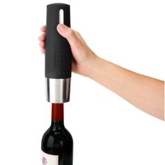 This electric wine opener earned The Best rating from the Hammacher Schlemmer Institute because of its perfect worm insertion and rapid, effortless cork removal. Wine Gadgets, Cool Gadgets, Kitchen Gadgets, Tech Gadgets, Inspektor Gadget, Electric Wine Opener, Hammacher Schlemmer, Wine Bottle Opener, Kitchen Equipment