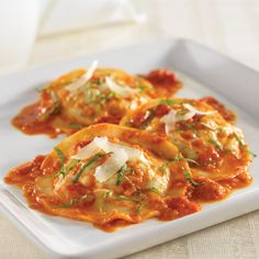 Turkey & Pesto Ravioli with Fresh Tomato Sauce - The Pampered Chef®