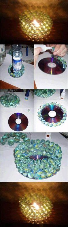 Do It Yourself Craft Idea - alte CD und Murmeln aus Kindertagen - Teelicht - fertig ist das romantische Kerzenlicht