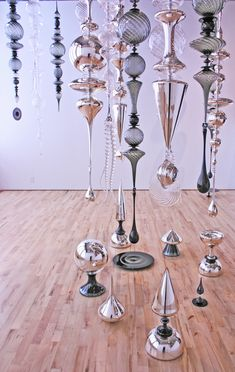 Street Marketing, Design Stand, Chandeliers, Crystal Wind Chimes, Glass Pool, Booth, Ice Art, Ceiling Art, Room Screen