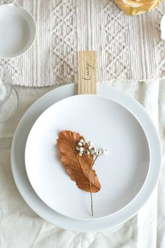 leaf placecard
