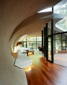 Futuristic Home Design With Natural Environment In Japan   Livingroom