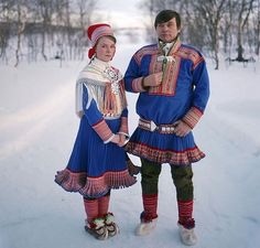 The Sami People by Erika Larsen. Photographer Erika Larsen traveled to Scandinavia to document the lives of the Sami people. The Sami's spread across northern Norway, Sweden, Finland and Russia. Sami's are best known for their. Lappland, Folk Costume, Costumes, Samar, People Of The World, World Cultures, Traditional Dresses, Ukraine, Beautiful People