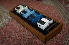 Custom small pedalboard - MyLesPaul.com