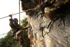 These Guys Are Unbelievable: The Incredible And Crazy 'Mad Honey' Hunters Of Nepal | Cools And Fools