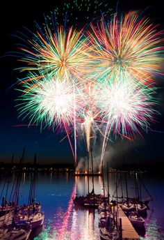 red bank's 3rd of july fireworks <3 so sad they've been cancelled :(