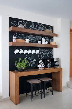 coffee station Before and after: Amazing chalkboard coffee bar Coffee Bars In Kitchen, Coffee Bar Home, Home Coffee Stations, Coffee Corner, Coffee Bar Station, Tea Station, Küchen Design, Interior Design, Design Ideas