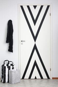 12 Cute Front Door Ideas You Can Totally DIY via Brit + Co