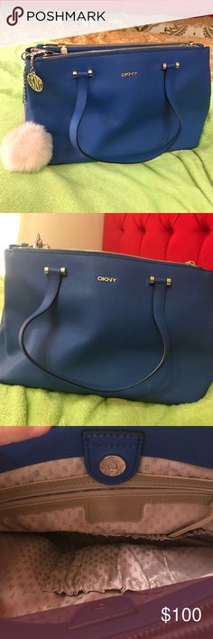 DKNY blue purse Beautiful purse , really like but haven't enough room for my purse 👜 Dkny Bags