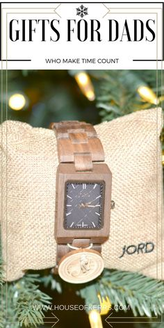 gifts for dads, unique watch for men, watch for guys, gifts for guys, personalized gifts, wood watch, holiday 2016, gift guide, modern men, JORD Wood Watch, The Reece in Walnut and Navy