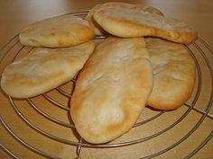Naan Brot, ein sehr schönes Rezept aus der Kategorie Brot und Brötchen. Bewertungen: 72. Durchschnitt: Ø 4,4.