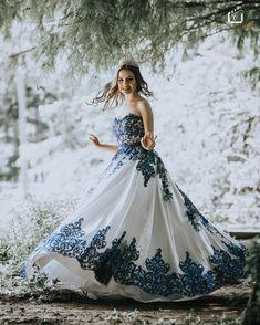 Super Cute Dresses, Pretty Dresses, Beautiful Dresses, Bride Portrait, Chic Dress, Quinceanera Dresses, Wedding Gowns, Ball Gowns, Party Dress