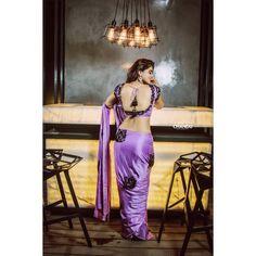 Indian Bridal Couture, Saree Wearing Styles, Saree Backless, Sexy Blouse, Sleeveless Blouse, Satin Saree, Saree Photoshoot, Fancy Blouse Designs, Saree Models