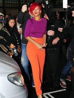 Rihanna 2013-Turuncu Pantolon Modelleri