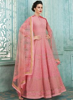 Silver Grey Zari Embellished Party Wear Lehenga Anarkali Suit is specifically designed to make you look perfect as a bride and bridesmaids. This suit set features zardosi and resham kari thread emb. Robe Anarkali, Costumes Anarkali, Anarkali Tops, Lehenga Suit, Party Wear Lehenga, Anarkali Suits, Pink Lehenga, Abaya Style, Designer Anarkali