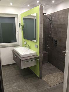 badezimmer mit begehbarer dusche fliesen in betonoptik sdb pinterest dusche fliesen begehbare dusche und betonoptik - Gemauerte Dusche Licht