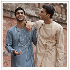 Check out these new wedding color combination trends for grooms in Top wedding trends 2020 for grooms only at ShaadiWish. Wedding Outfits For Groom, Summer Wedding Outfits, Summer Weddings, Wedding Wear, Indian Groom Wear, Indian Wear, Wedding Color Combinations, Top Wedding Trends, Indian Men Fashion