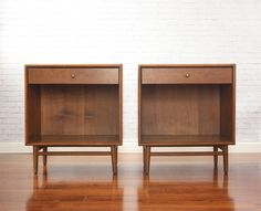 Mid Century Nightstands- I HAVE SOME SIMILAR TO THESE!
