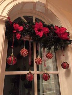 christmas decorating Easy DIY hanging window ornaments using beads and garland. Elegant Christmas decoration idea for mantle. Great budget decor idea for the home, winter wedding, or Christmas party. Diy Christmas Decorations For Home, Elegant Christmas Decor, Classy Christmas, Christmas Porch, Christmas Projects, Christmas Holidays, Christmas Wreaths, Office Christmas, Xmas Window Decorations