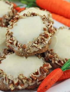 Carrot Cake Cookies with Cream Cheese Frosting~ perfect for Spring, Easter or Mother's Day. Classic flavors of carrots, cinnamon, pecans and cream cheese made into a beautiful cookie … Hello!