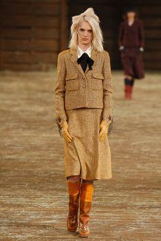 Chanel Pre-Fall 2014 Fashion Show - Ashleigh Good