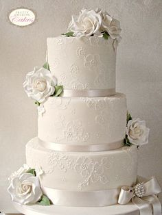 Vintage Lace wedding cake, Pretty Amazing Cakes, Wedding Cakes, Bristol