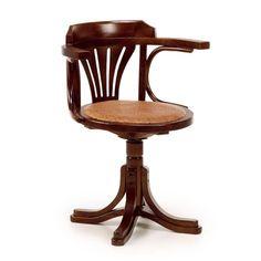 Silla giratoria con brazos y asiento ratta estructura realizada en madera de Roble.
