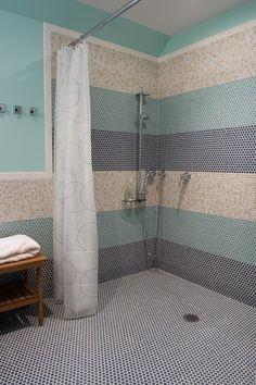Inexpensive Shower remodeling handicap,Shower remodel with half wall and Shower remodel on a budget bathroom renovations. Wet Room Bathroom, Handicap Bathroom, Bathroom Ideas, Nature Bathroom, Bath Room, Master Bathroom, Bathroom Shelves, White Bathroom, Bathroom Storage