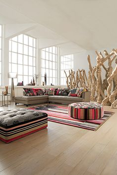 Sofas & Chairs / Roche Bobois