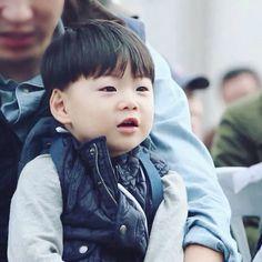Manse Cute Asian Babies, Cute Babies, Zion T, Triplet Babies, Superman Baby, Song Daehan, Song Triplets, Baby Tumblr, Cute Songs
