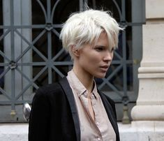 Image detail for -Hairstyle Trends Edgy Short Hair Messy Long Crop Pixie Haircut 2010 . Edgy Short Hair, Short Hair Cuts, Short Hair Styles, Pixie Cuts, Short Bleached Hair, Short White Hair, Crop Haircut, Pixie Haircut, Wedge Haircut