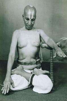 1970: T Krishnamacharya, yoga meditation  (vintage yoga photo) ...... #vintageyoga #yogahistory #1970s #yogaworld #om #namaste #yoga