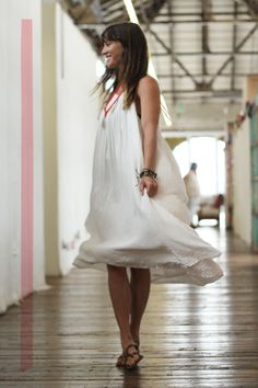 Office Style: White Magic  http://blog.freepeople.com/2012/08/office-style-white-magic/