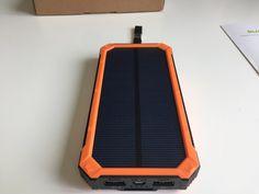 suaoki 10000mAh ソーラーモバイルチャージャー  ポータブルソーラー充電器  2.1A急速充電 大容量 スマホ タブレットPC対応可能
