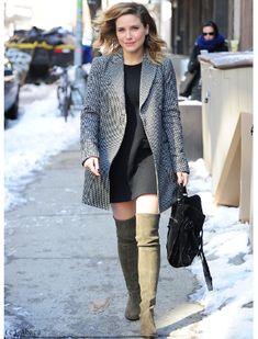 Sophia Bush look 60s dans les rues de NYC