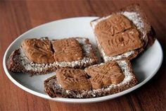 boterham met speculaas - well not new - still do it once in a while! Good Old Times, The Good Old Days, Ginger Cookies, Dutch Recipes, Those Were The Days, When I Grow Up, Long Time Ago, Sweet Memories, Childhood Memories
