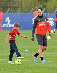 Entrainement du petit Beckham avec Zlatan
