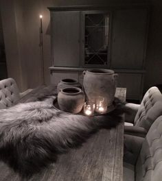 Robuust | Kleur & Sfeeradvies B.V. Rustic Chic, Rustic Style, Belgian Style, Gothic House, Rustic Interiors, Rustic Design, Decoration, Home And Living, Interior Inspiration