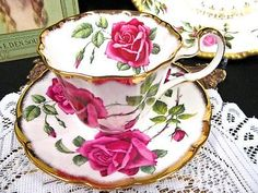 ADDERLEY TEA CUP AND SAUCER RED ROSES PATTERN TEACUP SWIRL SHAPE PATTERN