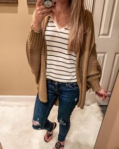 46 Best Casual Outfit Ideas to Wear This Winter Winter Sweater Outfits, Winter Fashion Outfits, Fall Winter Outfits, Spring Outfits, Autumn Fashion, Ootd Winter, Outfit Jeans, Comfy Outfit, Best Casual Outfits