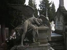 Resultado de imagem para cemiterios goticos