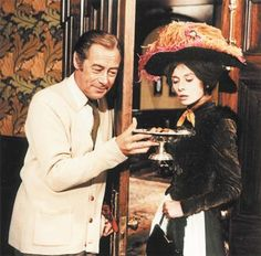 """Audry Hepburn in the American musical film """"My Fair Lady"""" Costume designer Cecil Beaton. My Fair Lady, Golden Age Of Hollywood, Classic Hollywood, Old Hollywood, Eliza Doolittle, Julie Andrews, Broadway, Elizabeth Taylor, Audrey Hepburn"""