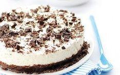 csokis sajttorta recept sütemény What You Eat, Cake Cookies, Tiramisu, Cheesecake, Sweets, Baking, Ethnic Recipes, Food, Yogurt