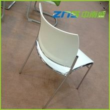 foldable plastic chairs