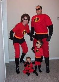 holiday crafts 13 Family Themed Halloween Costume Ideas photo